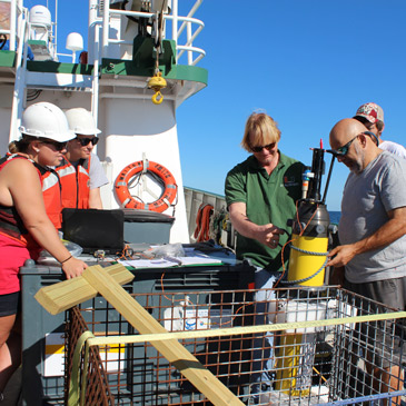 Measuring Oil Spills, University of Miami, UM, Rosenstiel School of Marine and Atmospheric Science